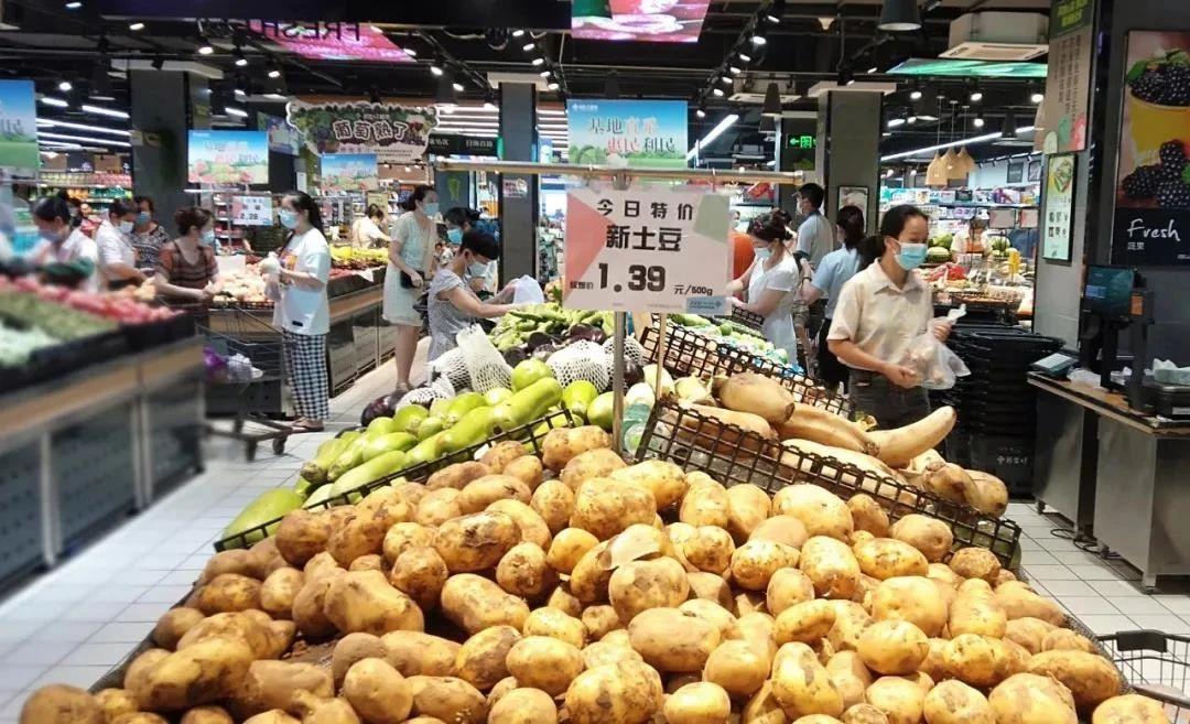 第三部分:十堰新合作各超市卖场的货架陈列丰满,确保供应